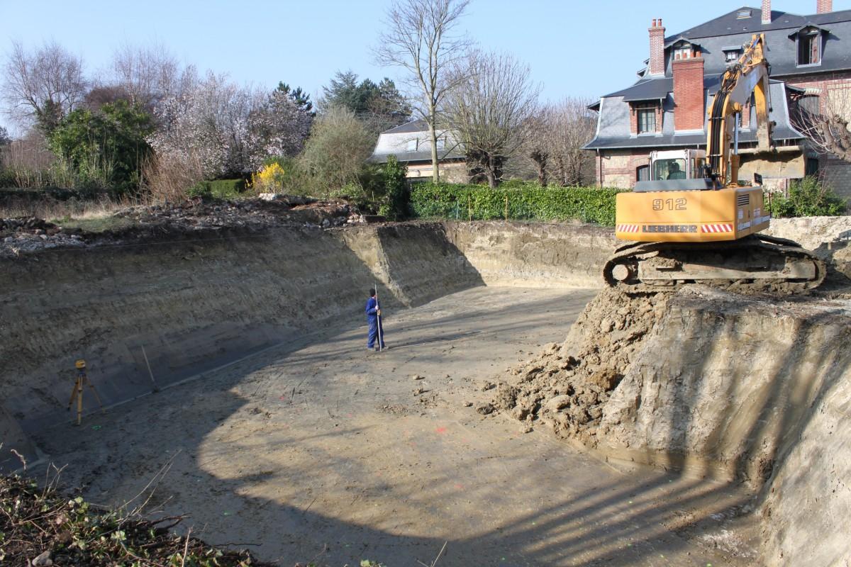 Terrassement pont l 39 v que travaux et chantiers calvados for Travaux de terrassement prix